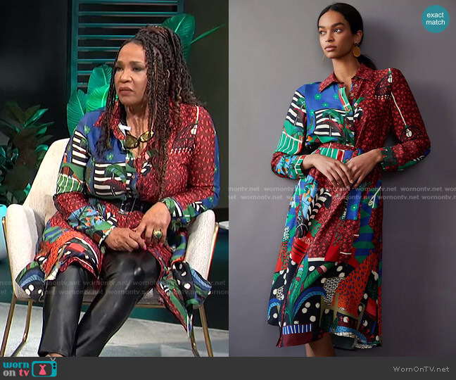 Georgia Maxi Shirtdress by Farm Rio worn by Kym Whitley  on E! News