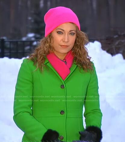 Ginger's green coat on Good Morning America