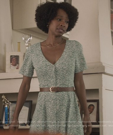 Grace's green floral print dress on All American