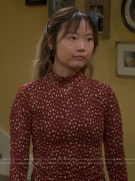 Jen's red dotted mock neck top on Last Man Standing