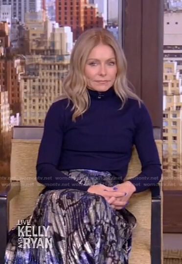 Kelly's turtleneck sweater and lame pleated skirt on Live with Kelly and Ryan