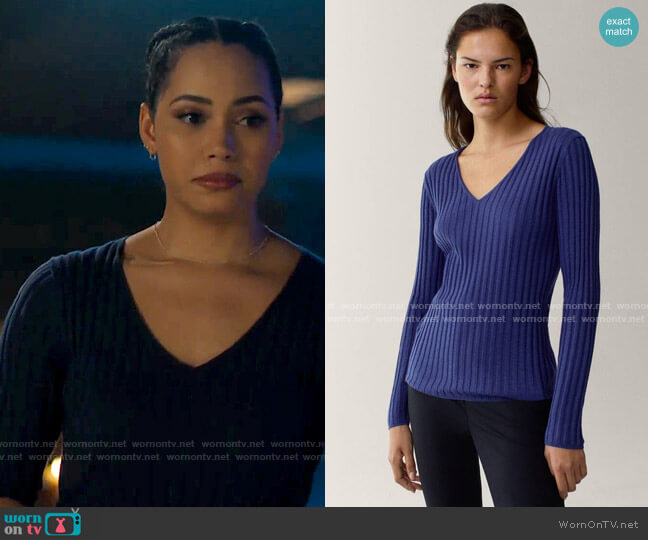 Massimo Dutti Ribbed V-neck sweater in a cotton/wool blend worn by Macy Vaughn (Madeleine Mantock) on Charmed