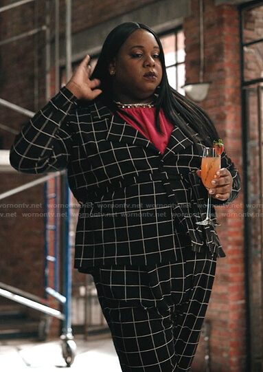 Mor's black grid check jacket and pants on Zoeys Extraordinary Playlist