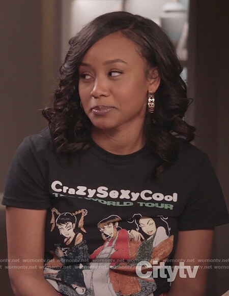 Olivia's TLC Tour graphic tee on Black-ish