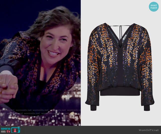 Reiss Regina Blouse worn by Kat Silver (Mayim Bialik) on Call Me Kat