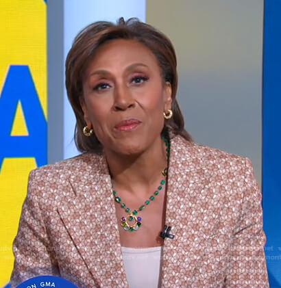 Robin's beige geometric blazer on Good Morning America