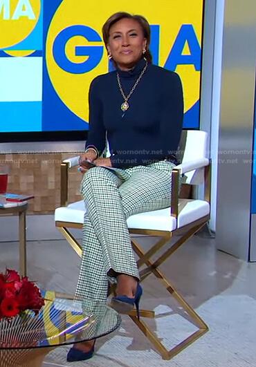 Robin's navy turtleneck and check pants on Good Morning America