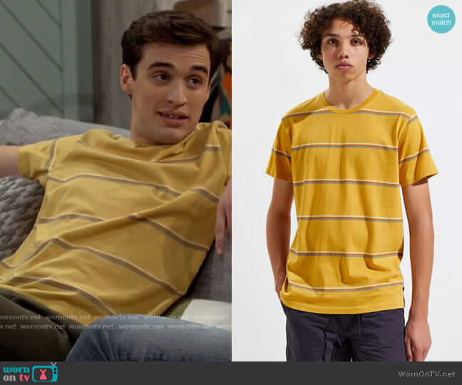 Urban Outfitters Katin Kailani Tee worn by Freddie Raine (Joey Bragg) on Call Your Mother