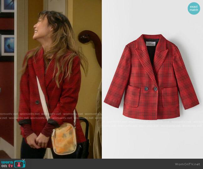 Zara Tartan Check Blazer worn by Jen (Krista Marie Yu) on Last Man Standing
