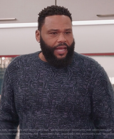 Andre's blue knit sweater on Black-ish
