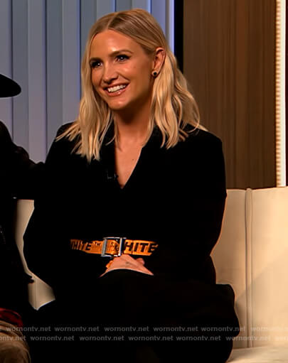 Ashlee Simpson orange Off-White belt on The Drew Barrymore Show