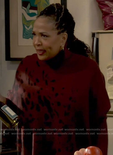 Barbara's splatter print sweater on Call Your Mother