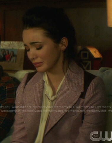 Bess's pink herringbone patch blazer on Nancy Drew