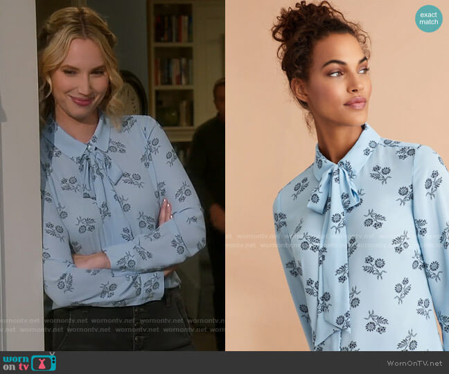 Brooks Brothers Floral-Print Bow-Neck Crepe Shirt worn by Mandy Baxter (Molly McCook) on Last Man Standing