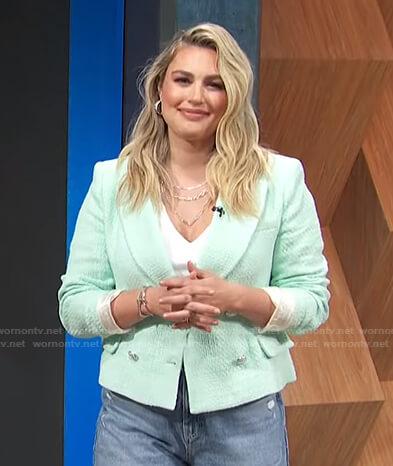 Carissa's pastel green blazer on E! News Daily Pop