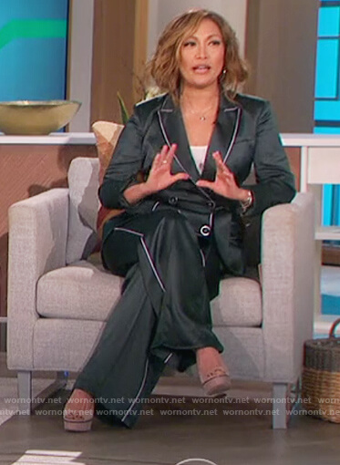 Carrie's green piping trim blazer and pants on The Talk