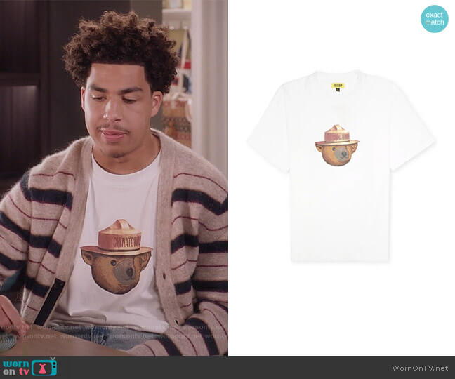 General T-shirt by Chinatown Market worn by Andre Johnson Jr (Marcus Scribner) on Blackish