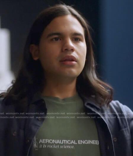 Cisco's aeronautical engineering t-shirt on The Flash