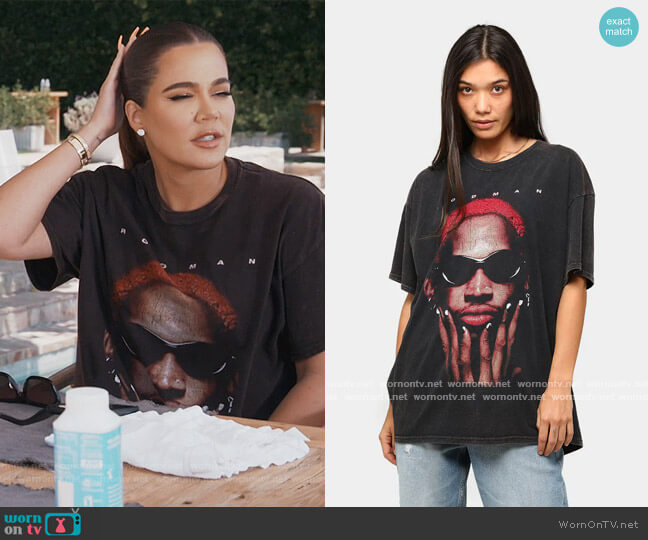 The Worm Vintage T-shirt by Goat Crew worn by Khloe Kardashian  on Keeping Up with the Kardashians