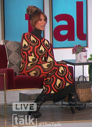 Elaine's geometric print turtleneck dress on The Talk
