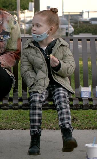 Franny's plaid pants on Shameless