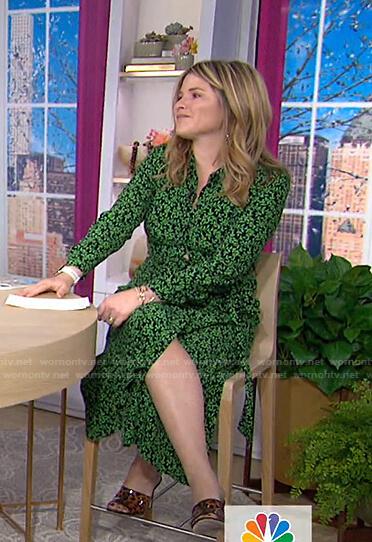Jenna's green leaf print shirtdress on Today