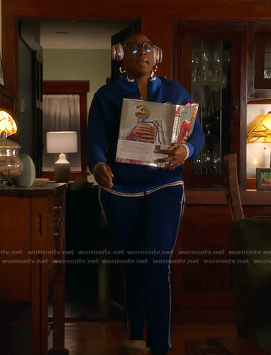 Hen's blue track suit on 9-1-1