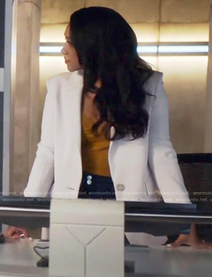 Iris's white blazer on The Flash