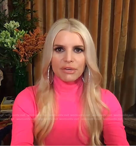 Jessica Simpson's pink turtleneck sweater on Live with Kelly and Ryan