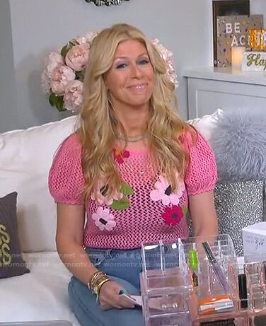Jill's pink floral puff sleeve knitted top on Today