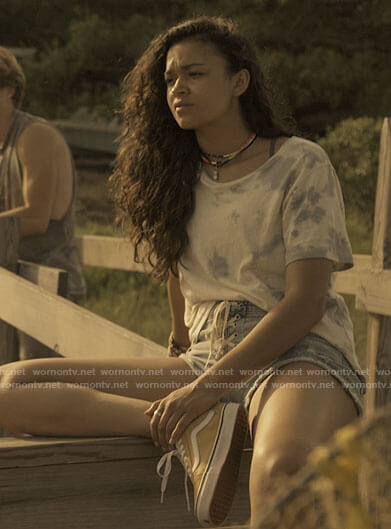 Kiara's lace-up denim shorts on Outer Banks