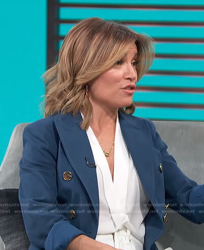 Kit's blue double breasted blazer on Access Hollywood