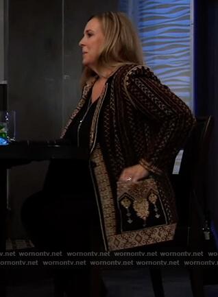 Laura's printed blazer on General Hospital