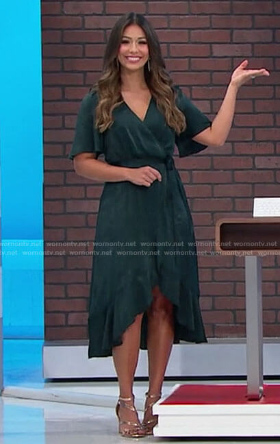 Manuela's green wrap dress on The Price is Right