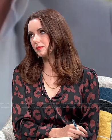 Melanie's black leopard print shirtdress on E! News Daily Pop