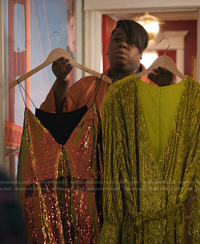 Mo's sequin v-neck mini dress on Zoeys Extraordinary Playlist