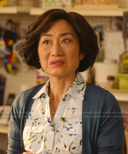 Mrs. Kim's blue floral shirt on Kims Convenience