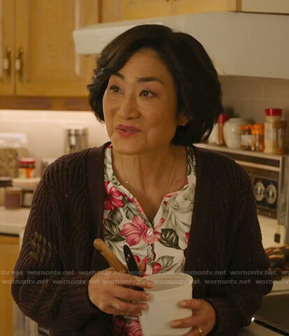 Mrs. Kim's white floral print top on Kims Convenience