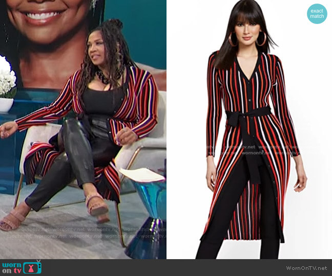 Striped V-Neck Duster by New York & Company worn by Kym Whitley  on E! News