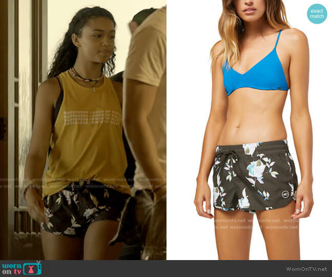 """O'Neill Bayside 2"""" Boardshorts worn by Kiara (Madison Bailey) on Outer Banks"""