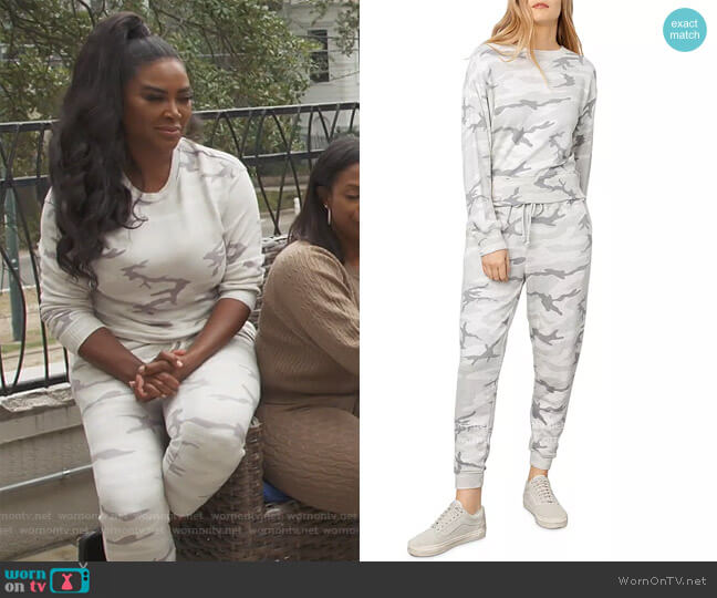 Ramona Camo Sweatshirt and Sweatpants by Rails worn by Kenya Moore  on The Real Housewives of Atlanta