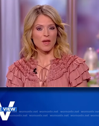 Sara's pink ruffled dress on The View