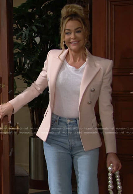 Shauna's light pink blazer on The Bold and the Beautiful