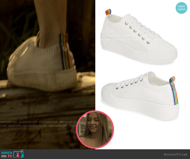 Steve Madden Bardo Sneakers worn by Sarah Cameron (Madelyn Cline) on Outer Banks