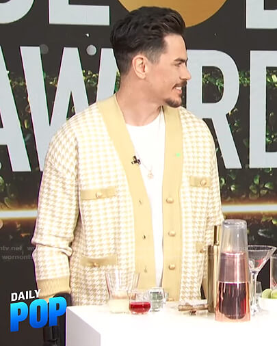 Tom Sandoval's yellow houndstooth cardigan on E! News Daily Pop