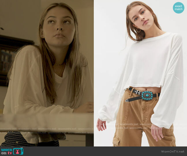 Urban Outfitters Out From Under Ella Long Sleeve Cropped Tee worn by Sarah Cameron (Madelyn Cline) on Outer Banks