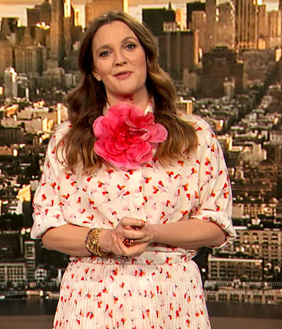 Drew's floral print blouse and pleated skirt on The Drew Barrymore Show