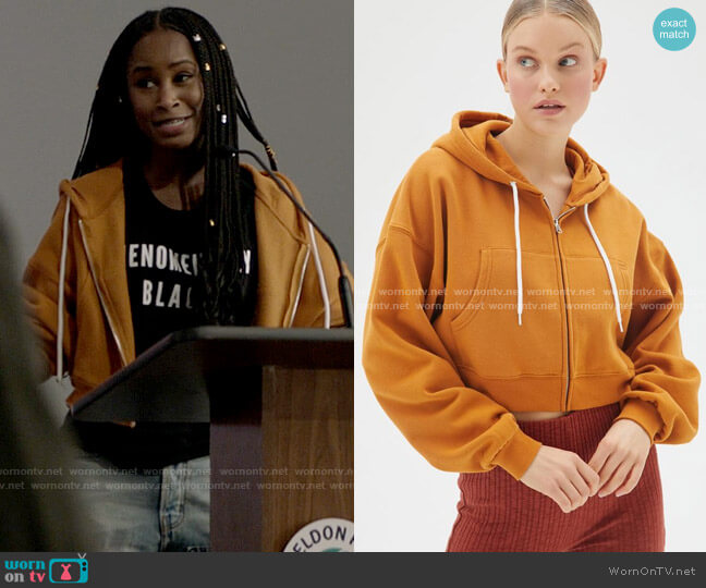 BDG Leah Cropped Zip-Front Hoodie Sweatshirt worn by Jordan Moore (Keeya King) on Batwoman