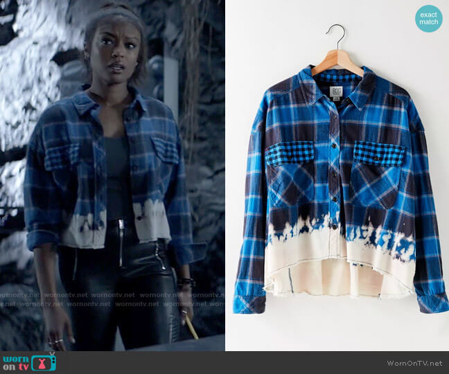 BDG Rayne Flannel Boxy Cropped Button-Down Shirt worn by Ryan Wilder (Javicia Leslie) on Batwoman