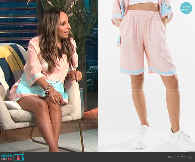 Printed Satin Shorts by Bershka worn by Lilliana Vazquez  on E! News